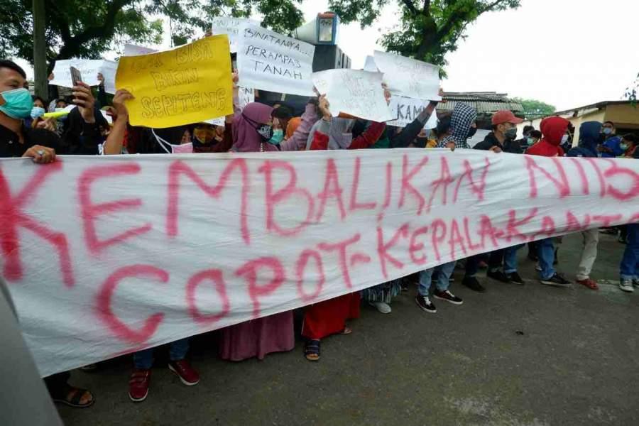 Foto : Demo Warga Tangerang Utara Kembali Geruduk Kantor ATR/BPN