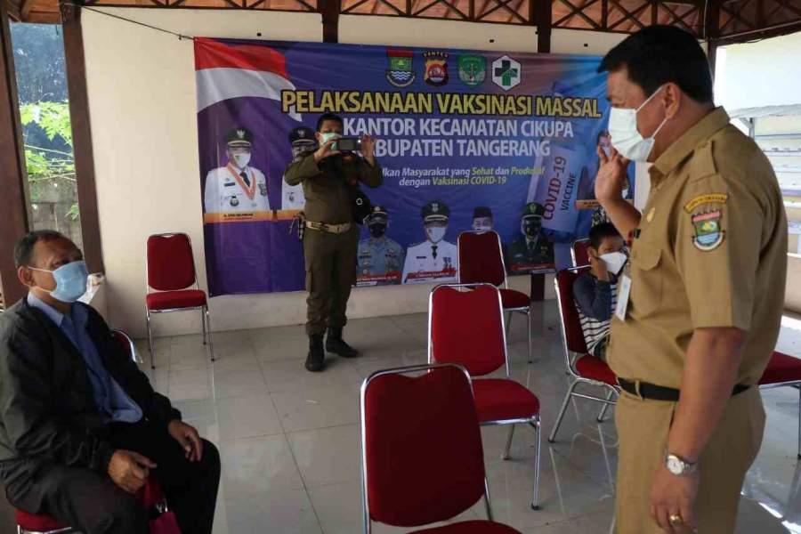 Pemkab Tangerang Gelar Vaksinasi Massal, Sekda Monitoring Ke Wilayah Kecamatan