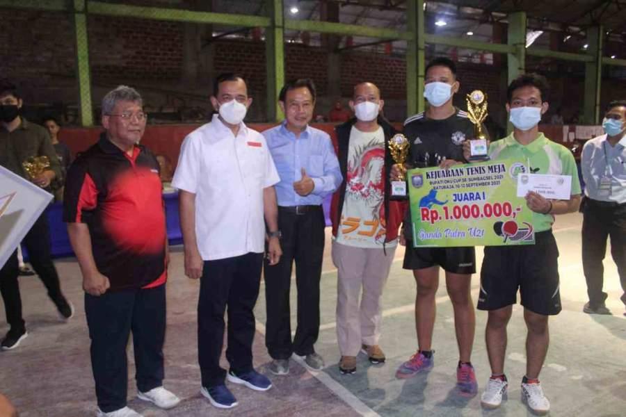 Plh Bupati OKU Hadiri penutupan Acara Kejurda Tenis Meja Bupati OKU CUP tahun 2021 Se-Sumbagsel