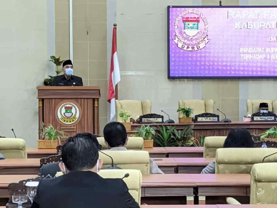 Bupati Zaki Dukung 4 Raperda Inisiatif Dewan