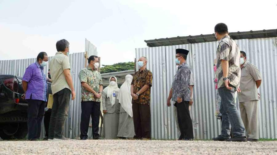 Plh Bupati OKU H. Edward Tinjau Pembangunan Instalasi Pembuangan Air Limbah (IPAL) RSUD Ibnu Sutowo Baturaja