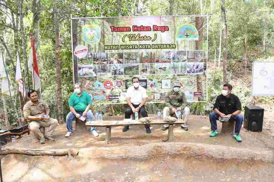 Plh Bupati OKU Diskusi Bersama Organisasi Pencinta Alam Se-Kabupaten OKU Untuk Menjadikan TAHURA Sebagai Program Kerja Pecinta Alam Se-OKU,